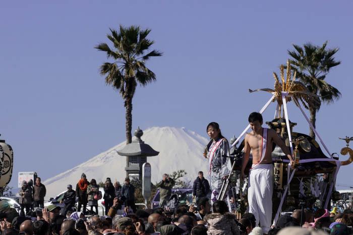 江の島寒中神輿錬成大会