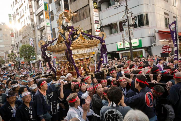 烏森神社例大祭で、大神輿を見てきたっ!