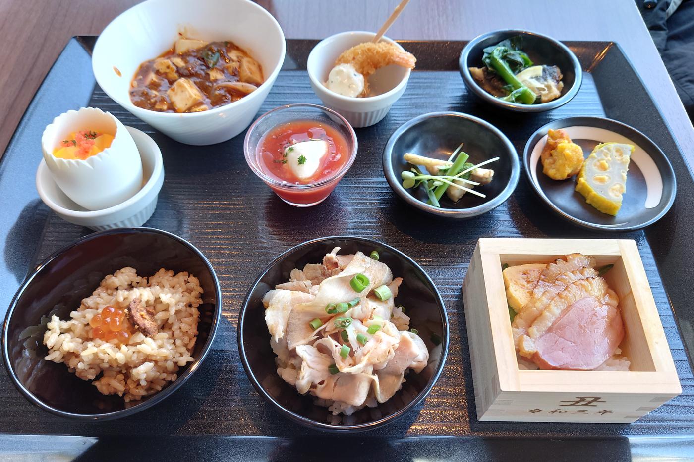 リラッサ「全国ご当地グルメフェア ~ふるさと祭り東京presents~」でご当地どんぶりを食べてきたっ!